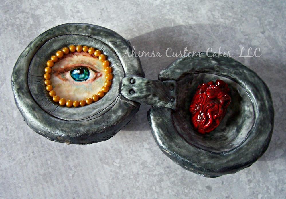Lover's Eye with Heart by Ahimsa Custom Cakes