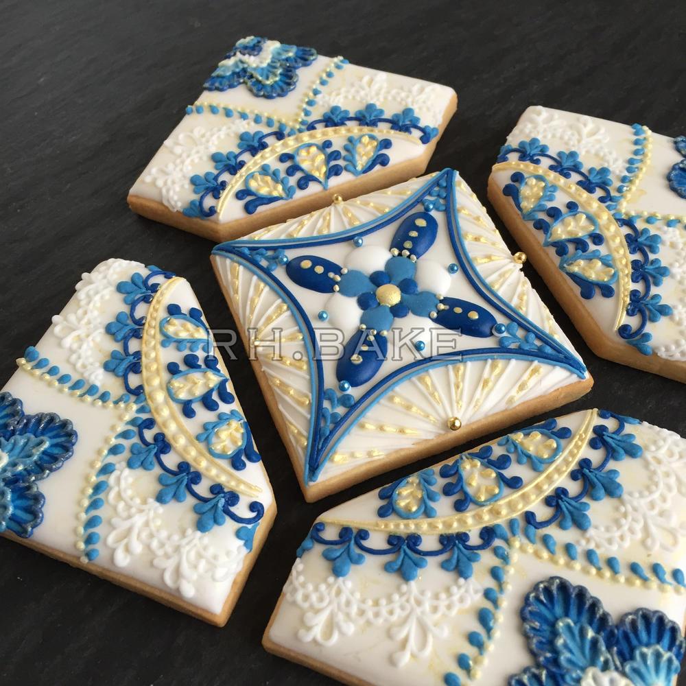 Royal blue + gold cookie puzzle