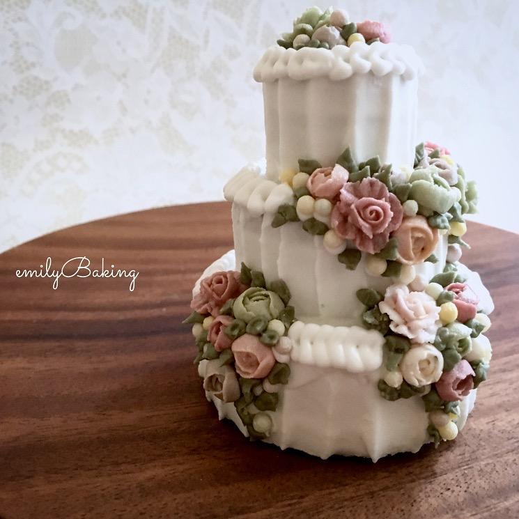 3-D Floral Cake