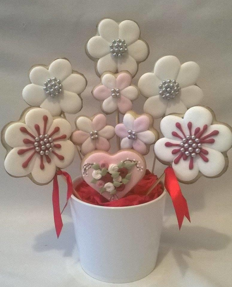 White cookie bouquet