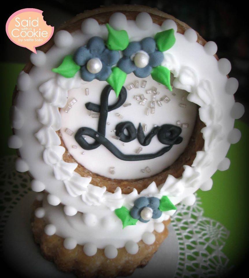 Love globe 3D cookie