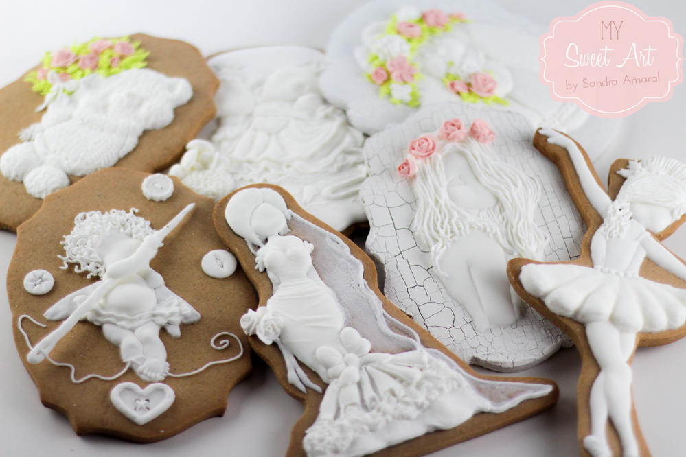 Royal icing cookies ready to be painted