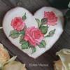 rose heart gingerbread
