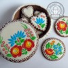 gingerbread box with embroidery