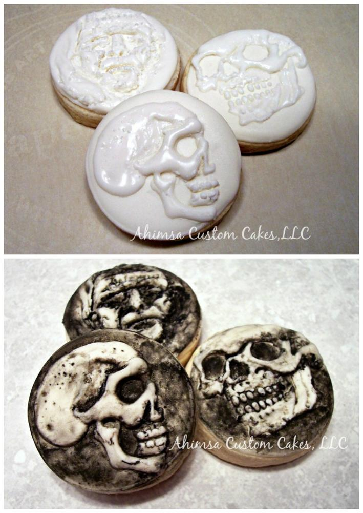 "2"" Halloween cookies by Ahimsa Custom Cakes"