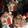 Plaid gingerbread houses