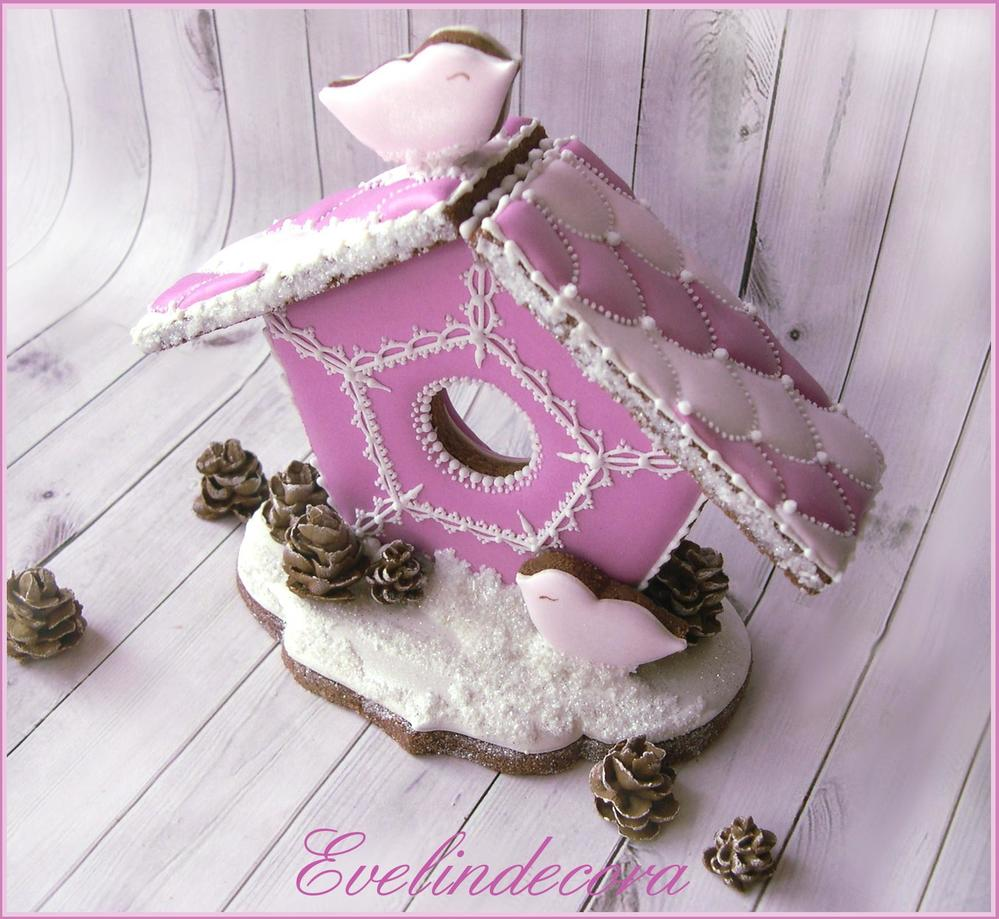 Christmas cookie: pink birdhouse 💗