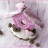 Christmas cookie: pink birdhouse