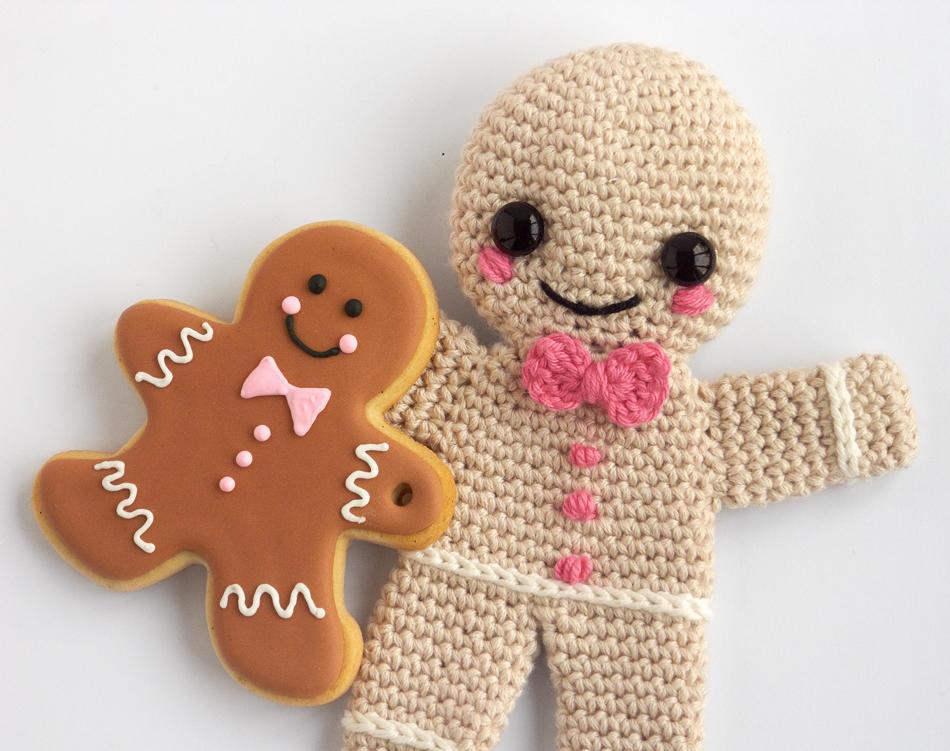 Gingerbread Men Cookies and Amigurumi