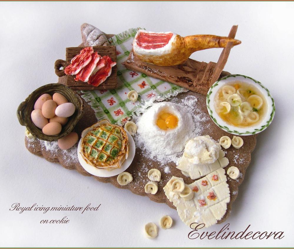 Miniature Italian food
