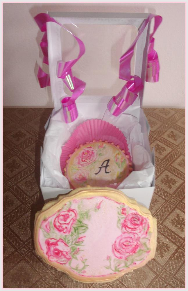 Shabby Chic Roses with monogram cookies