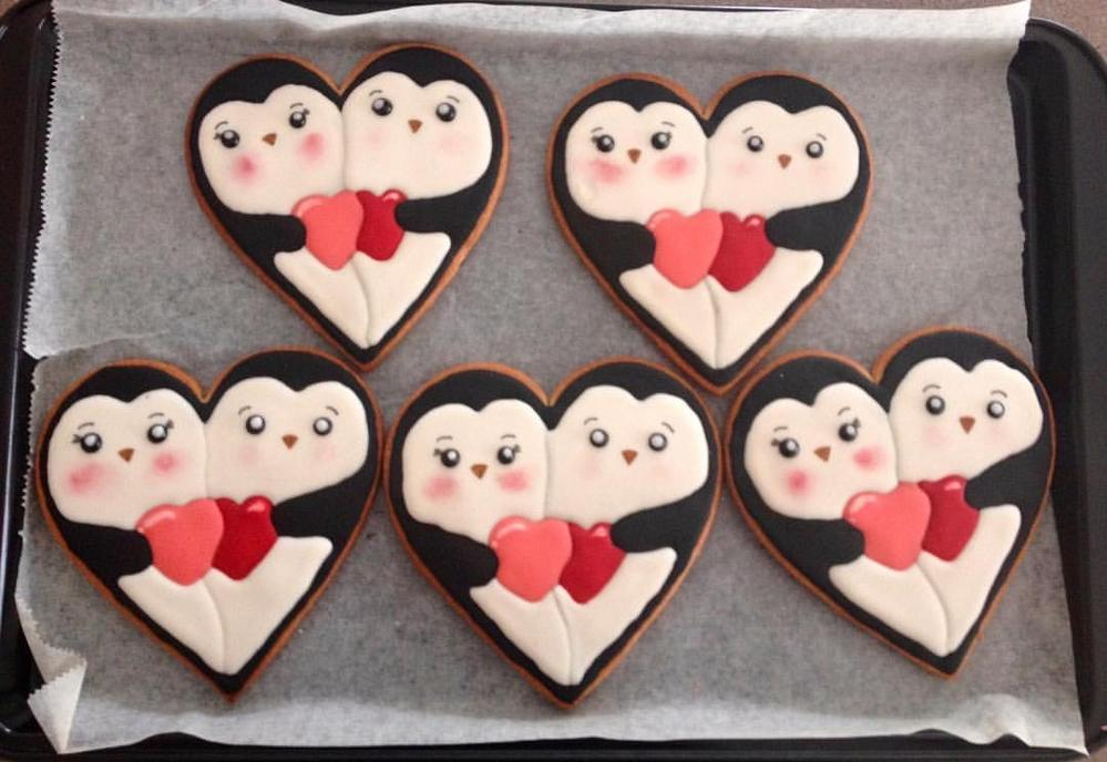 Penguin Love by Miss Cookie Cutter