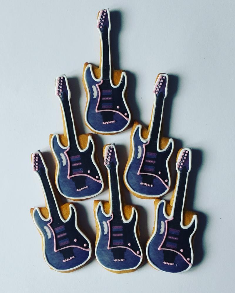 rockandroll cookies...gitare za rodjendan