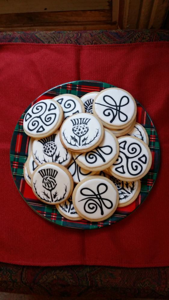 Scottish Tattoo Cookies for a Robbie Burns Night Dinner