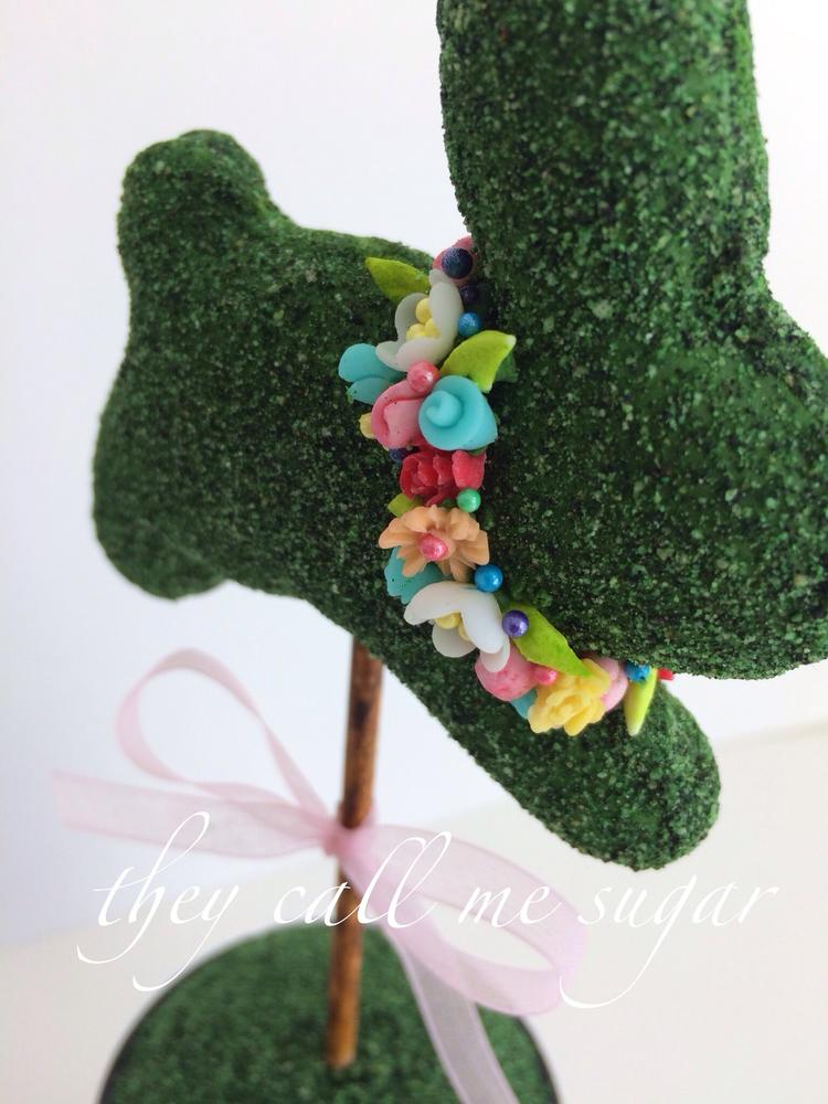 Easter Bunny Topiary Cookie Closeup