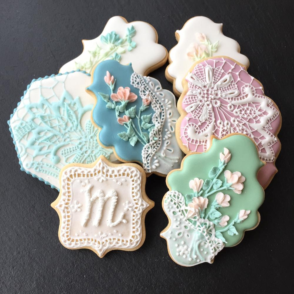 Piped Lace Cookies