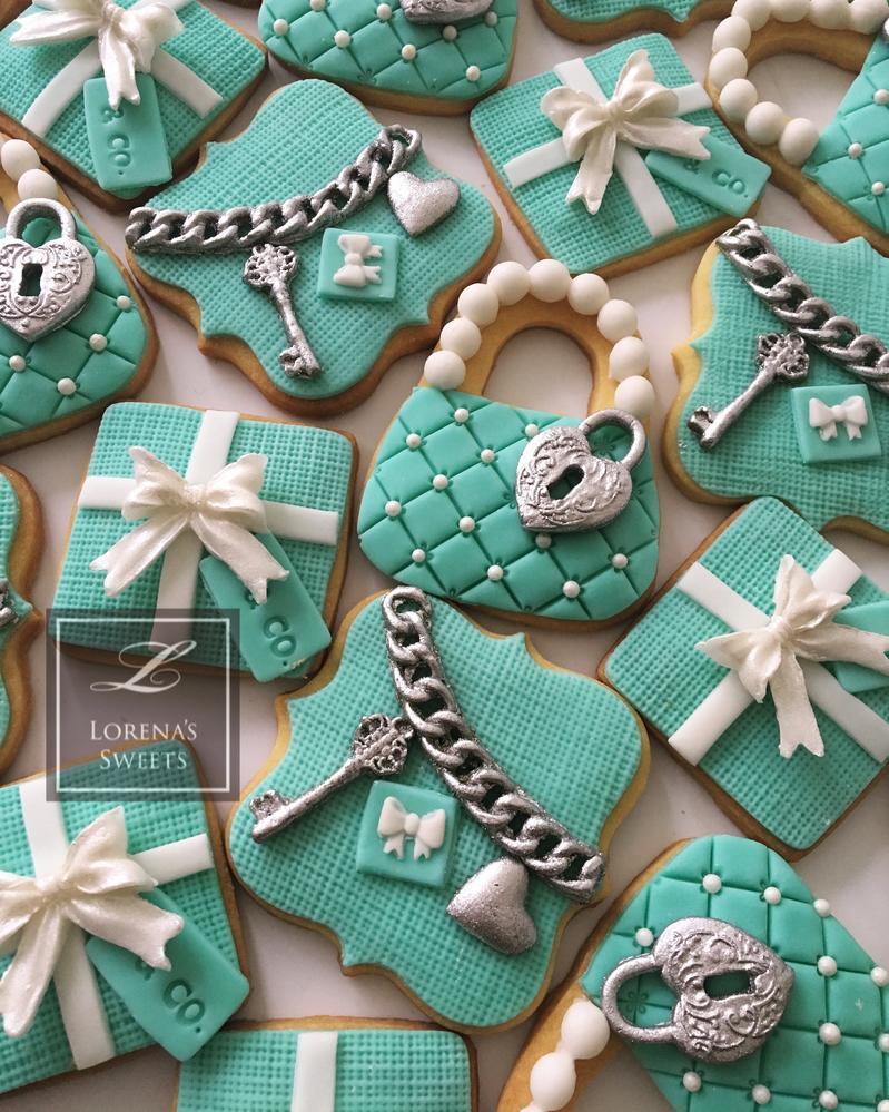 Lorena Rodriguez. Tiffany's inspired cookies. Bridal shower cookies