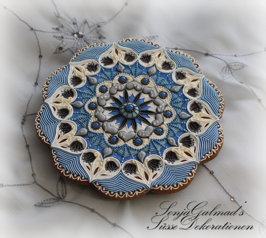 Mandala Cookie with Isomalt Stained Glass Effect
