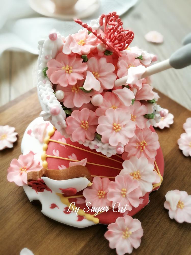 Rainfall of Cherry Blossoms