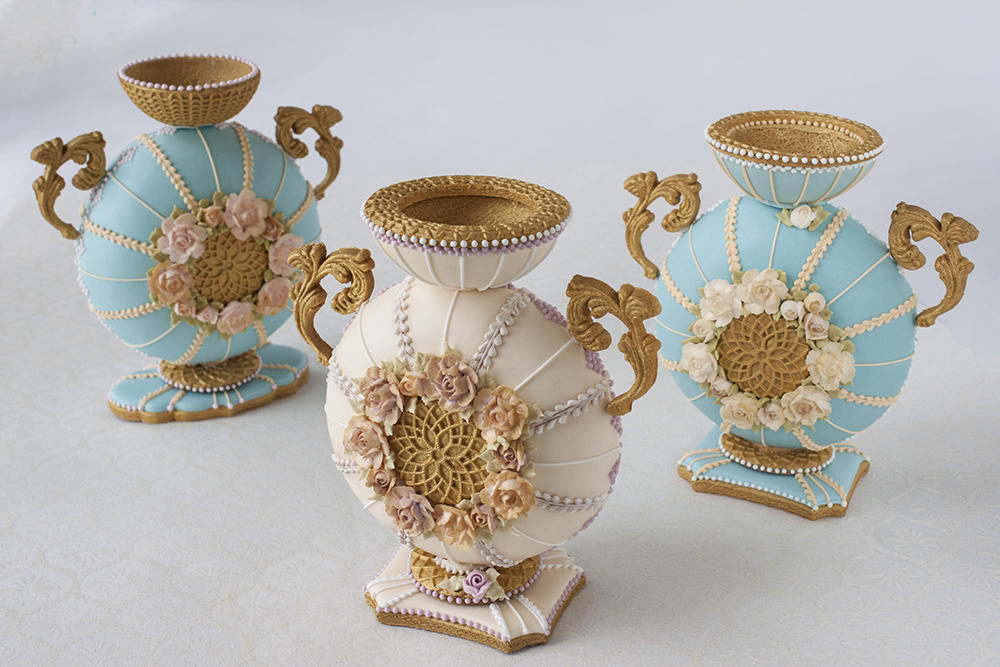 3-D Cookie Vases