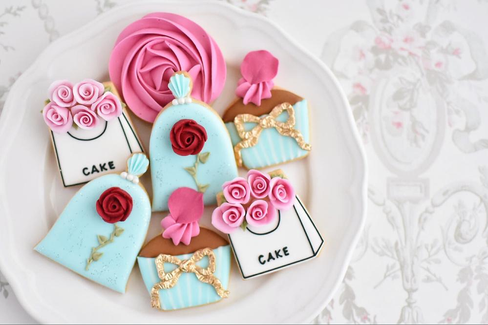 Rose-Themed Cookies