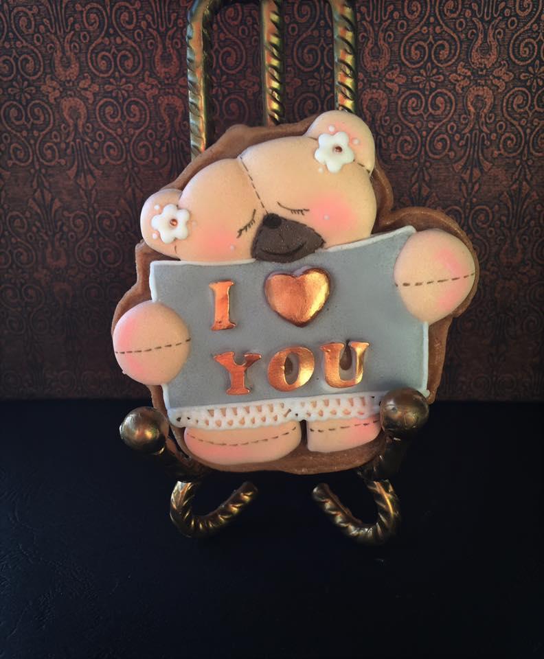 happy in love teddy bear
