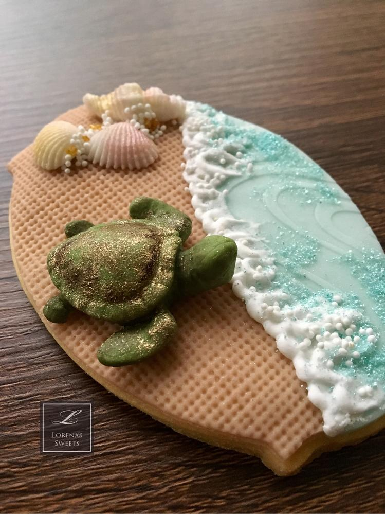 Lorena Rodríguez. Green turtle cookie. Costa Rican cookies