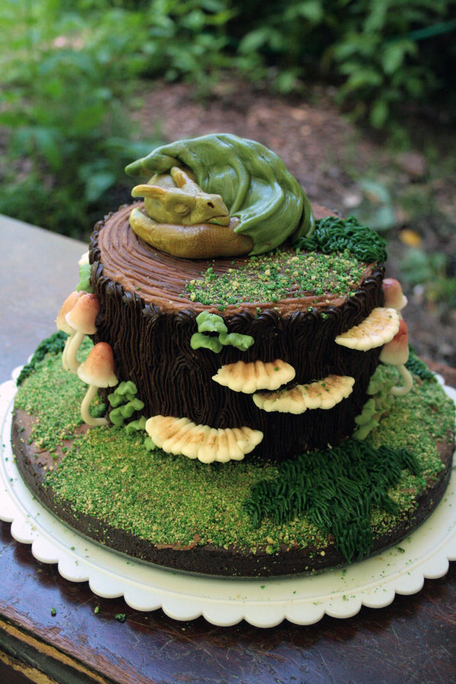 Sleepy Dragon Cake - The Woodsy Wife Bakery