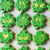 wedding shamrock cookies by Peony cookies