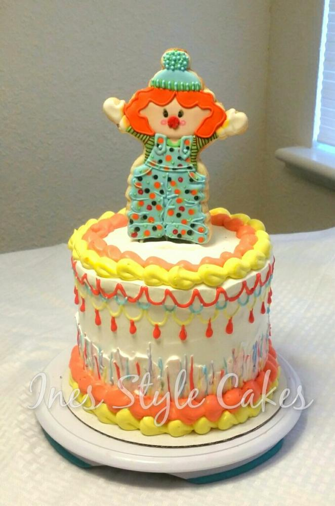 Clown Cookie on Cake