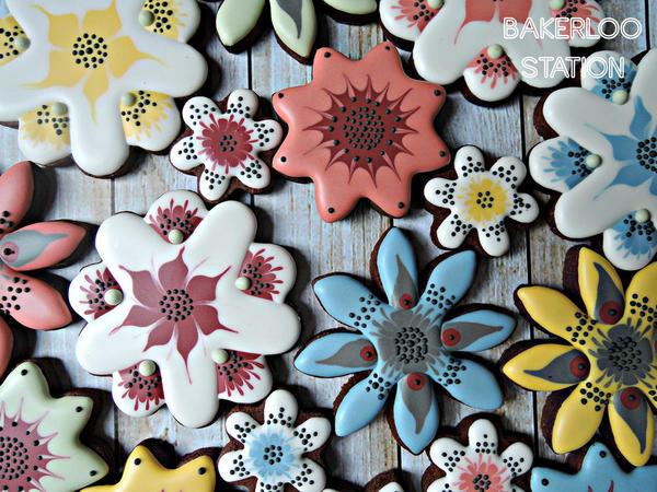 Mom's Mod Flowers | Bakerloo Station