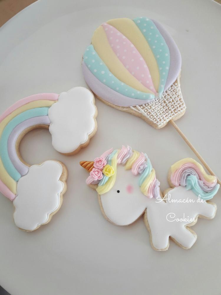 Unicornio para los dos añitos de Amelia!!!