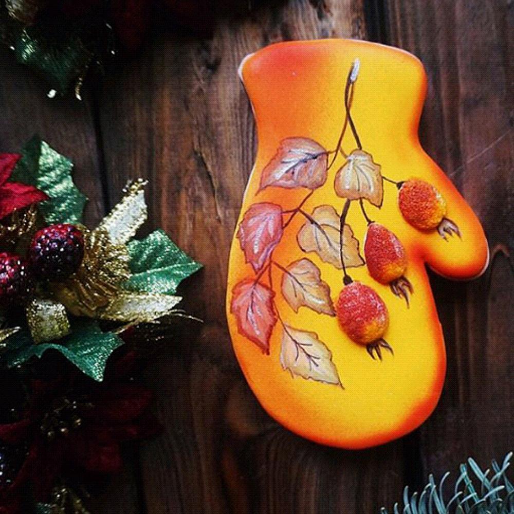 Yellow Gingerbread Christmas Mitten