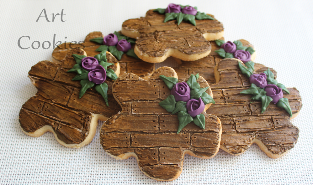 Wall with wood effect with purple roses