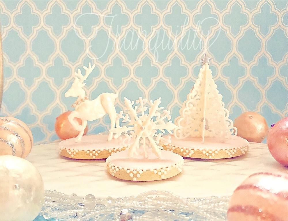 3-D Royal Icing Christmas Cookies