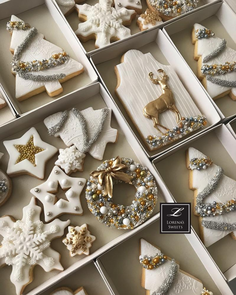 White Christmas Cookies with Gold Deer by Lorena Rodríguez