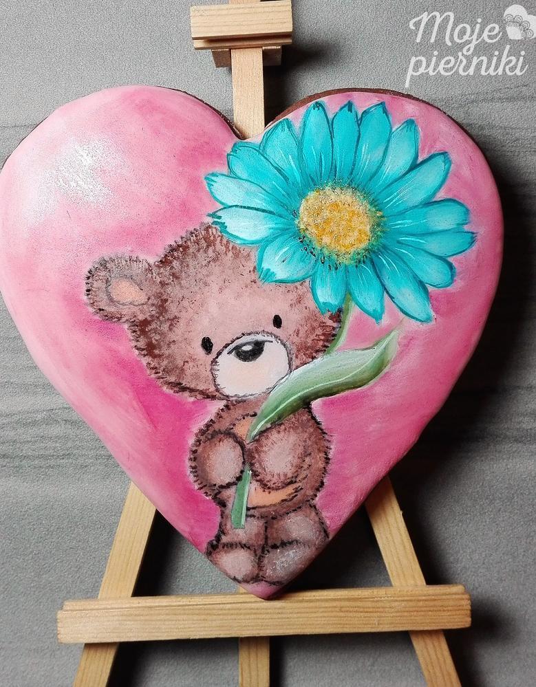 Heart with a teddy bear