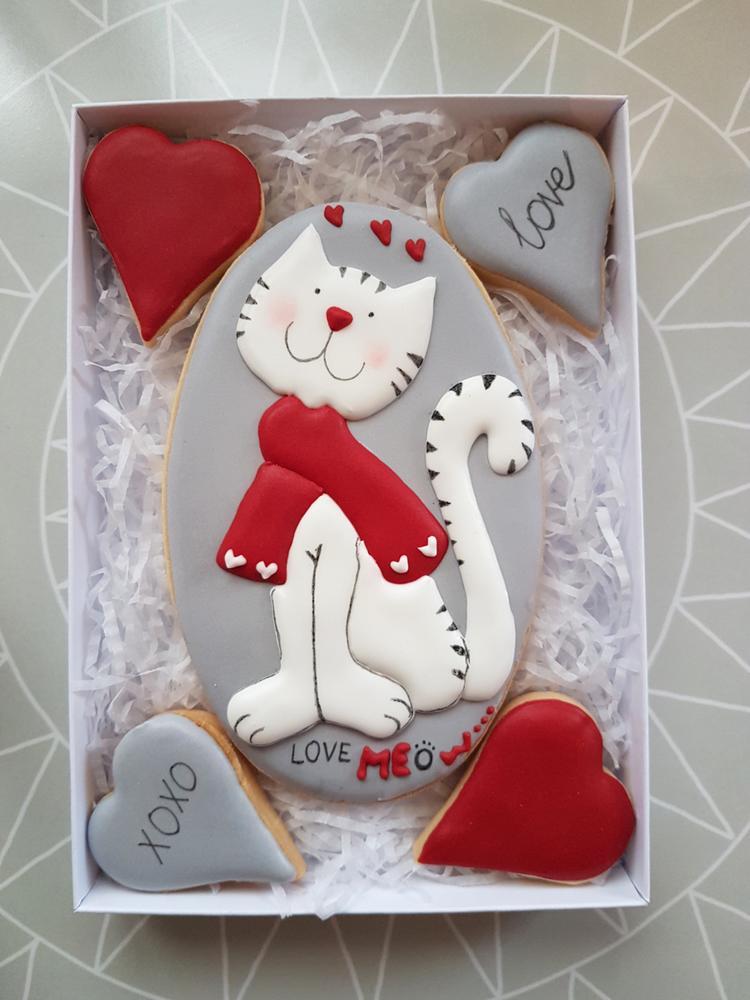 Valentine's Cat ;)