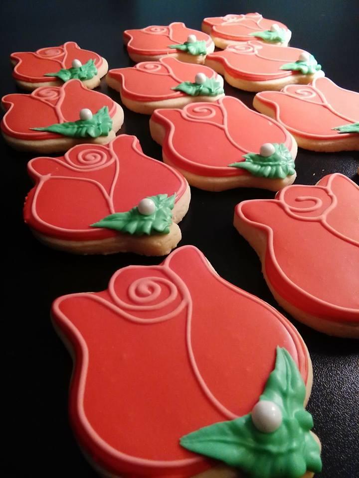 Red Rose Cookies