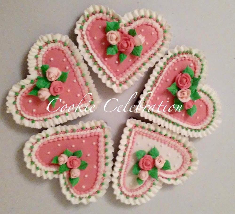 Small Ruffled Hearts (Cookie Celebration)