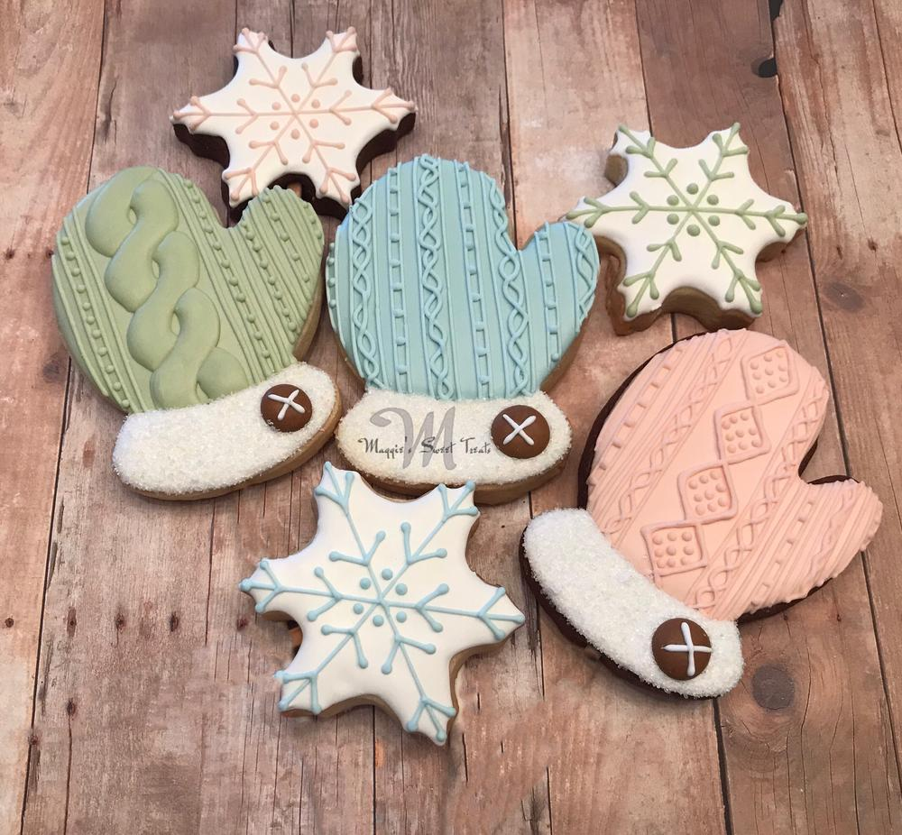Knit Mitten Cookies
