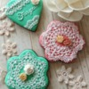 Lace flower cookies
