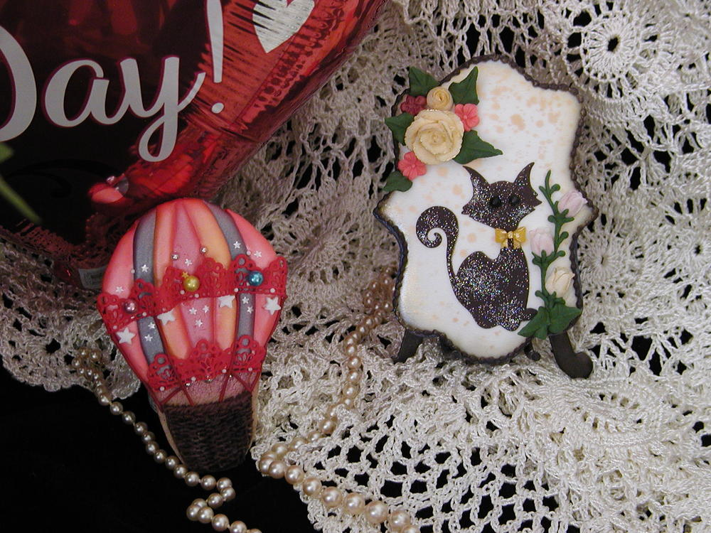 Another hot air balloon design with a little kitty :)