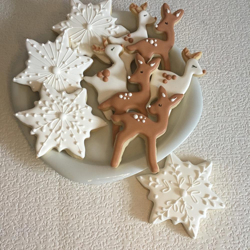Snowflakes & Deer Cookies