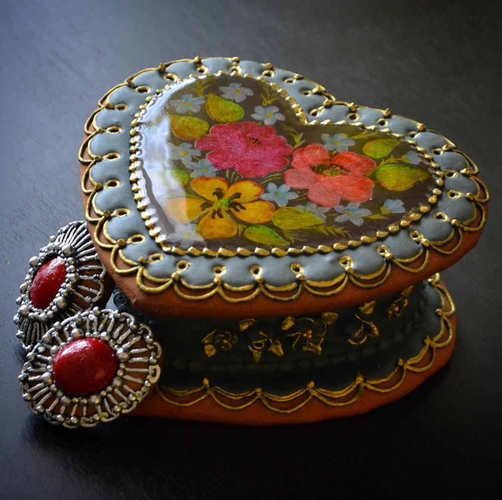 Gingerbread Jewelry Box