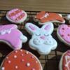 Easter bunnies + eggs / Conejos y Huevos de Pascuas