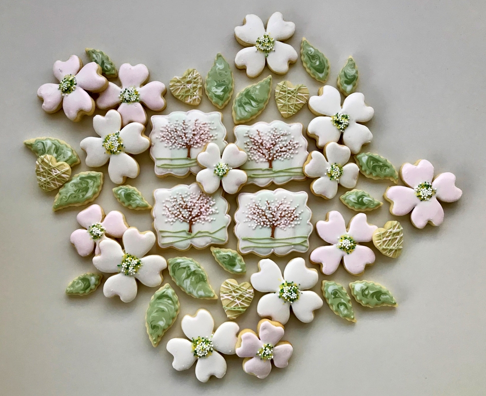 Paige's Designer Cookies Dogwood Set