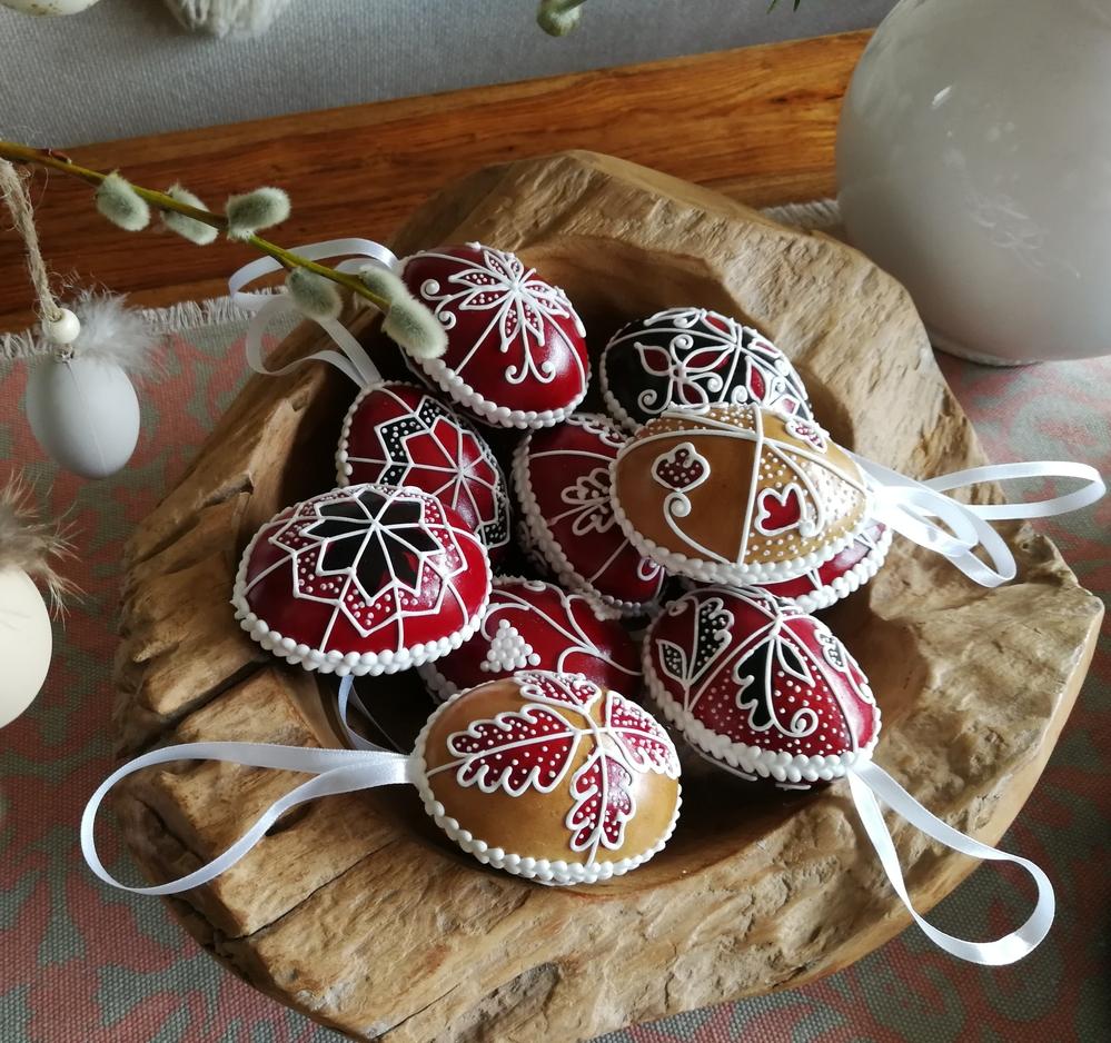 Transylvanian Folclors Eggs
