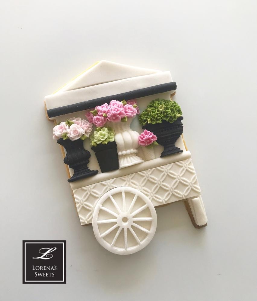 Lorena Rodriguez. Flower cart cookie