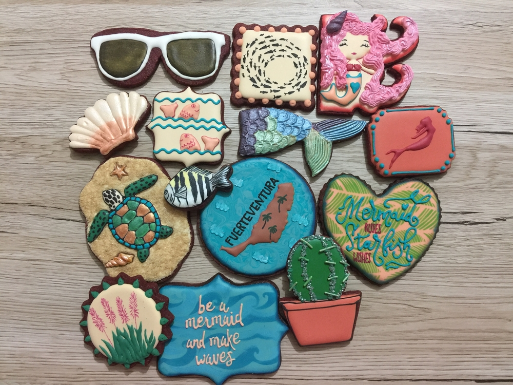 Tropical set for mermaid lover